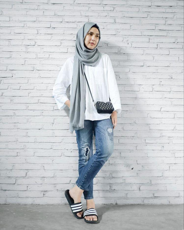 Ootd Kemeja Putih Dan Jeans Hijab - Kumpulan Model Kemeja