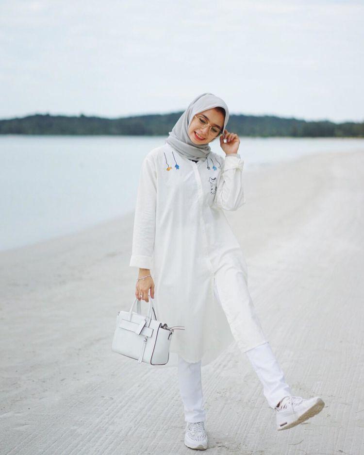 girl in white.