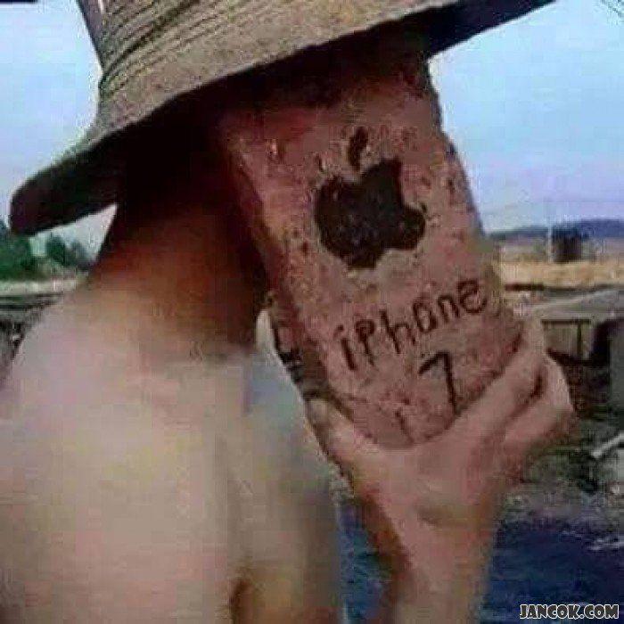 atau bikin iPhone 7 sendiri saja deh