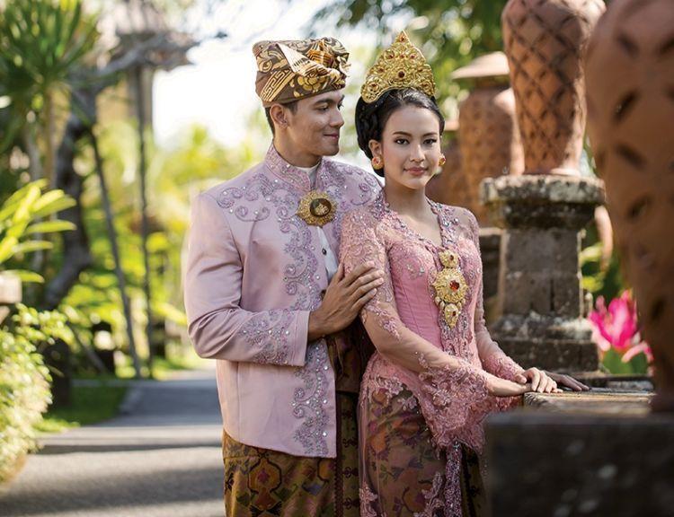 pasangan adat Bali