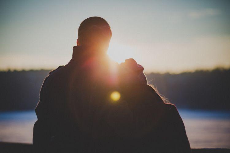 Hubungan satu dan lainnya nggak bisa kamu samakan