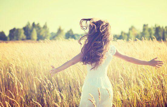 Tersenyum Tetapi Hati Menangis 5 Tanda Ini Menunjukkan Bahwa Kamu Seorang Eccedentesiast