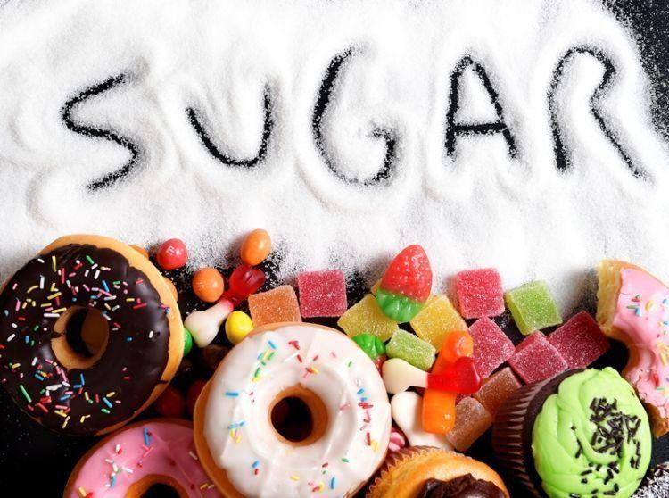 hindari makanan manis