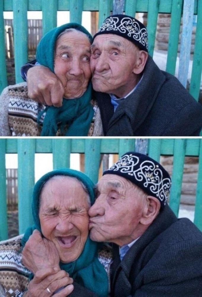 Ketawa ketiwi bersama ~