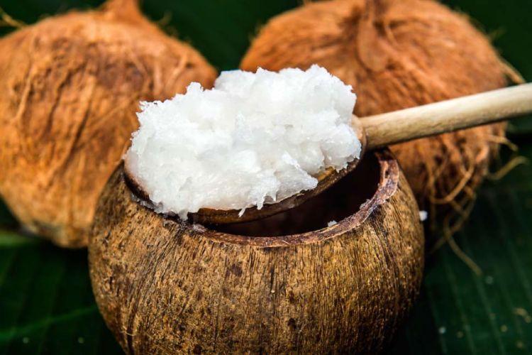 minyak kelapa dan garam