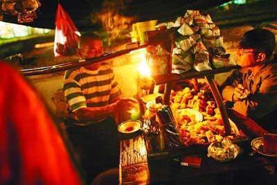 ngobrol santai di Angkringan Klebengan