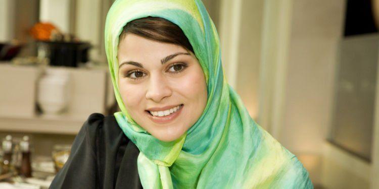 ganti hijab setiap hari!
