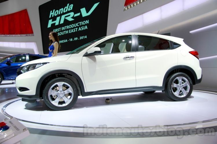 honda-hr-v-prototype-side-at-the-2014-indonesian-international-motor-show