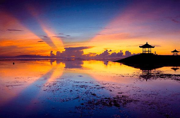 kalau yang ini sunrise di Sanur