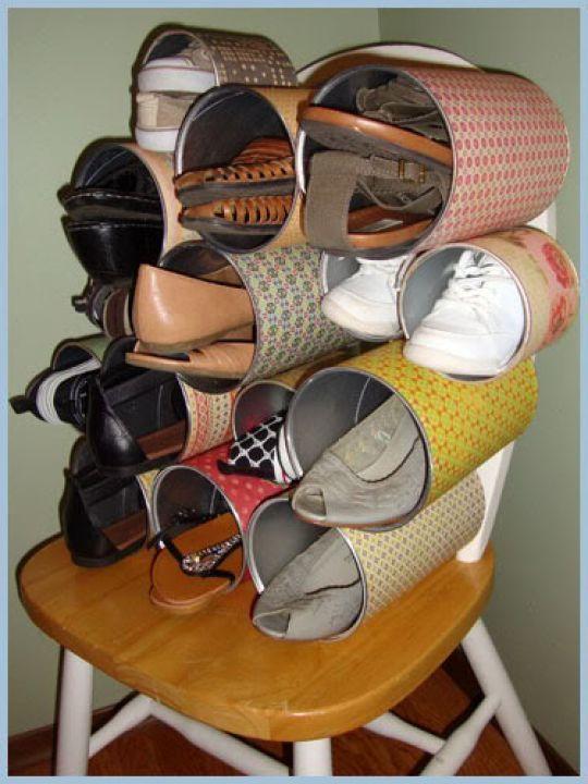 Rak sepatu dari kaleng