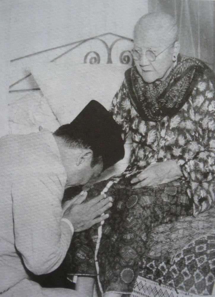 ibunda soekarno