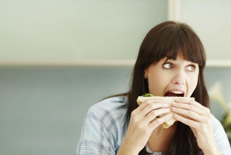 Jangan kalap makan sembarangan