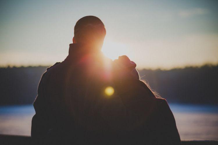Mendapatkan perhatian dari pasangan