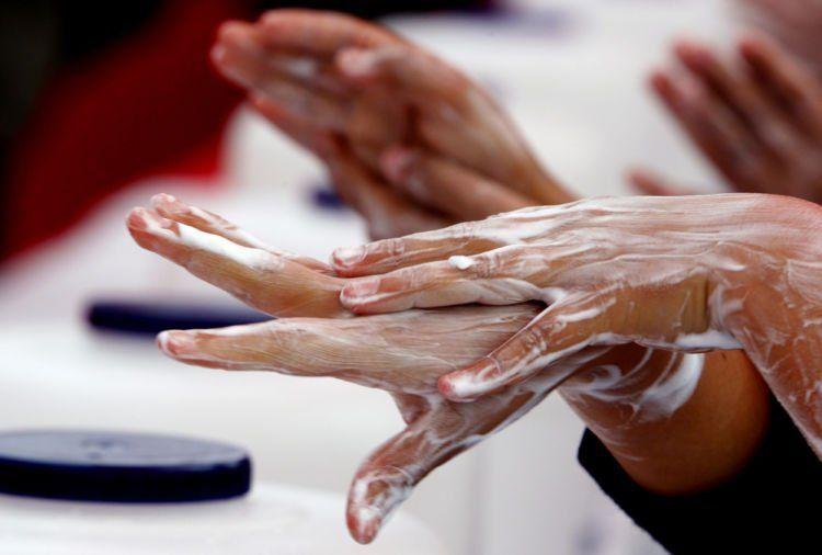 rajin cuci tangan saja