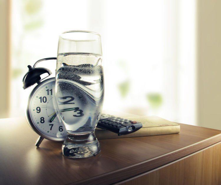 Minum air putih ketika bangun tidur