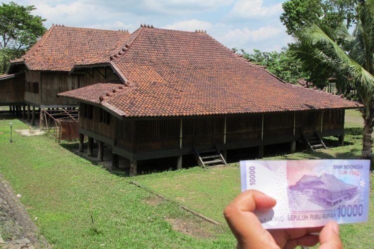 Letaknya di Museum Balaputera Dewa!