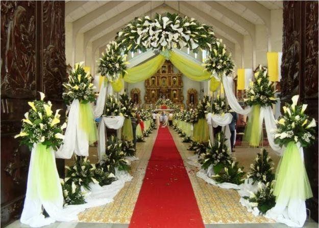 lily sebagai hiasan altar