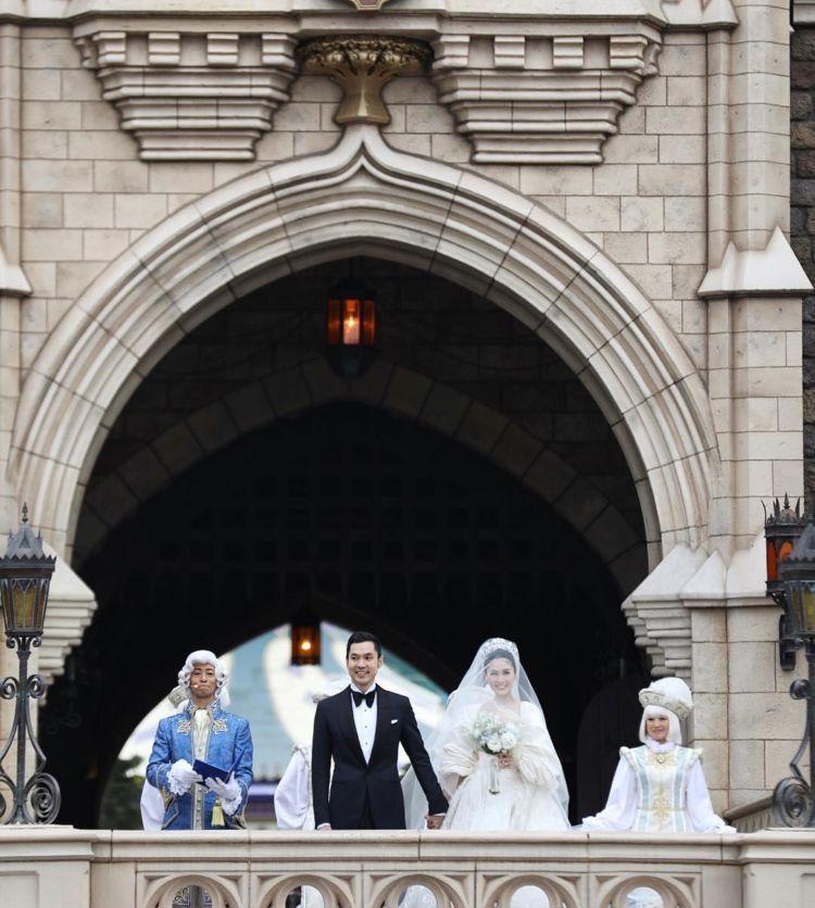 Sang putri resmi menikah