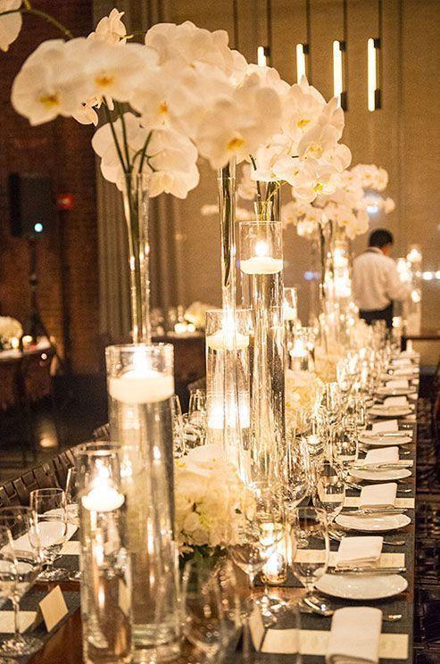 bunga anggrek sebagai hiasan meja pernikahan