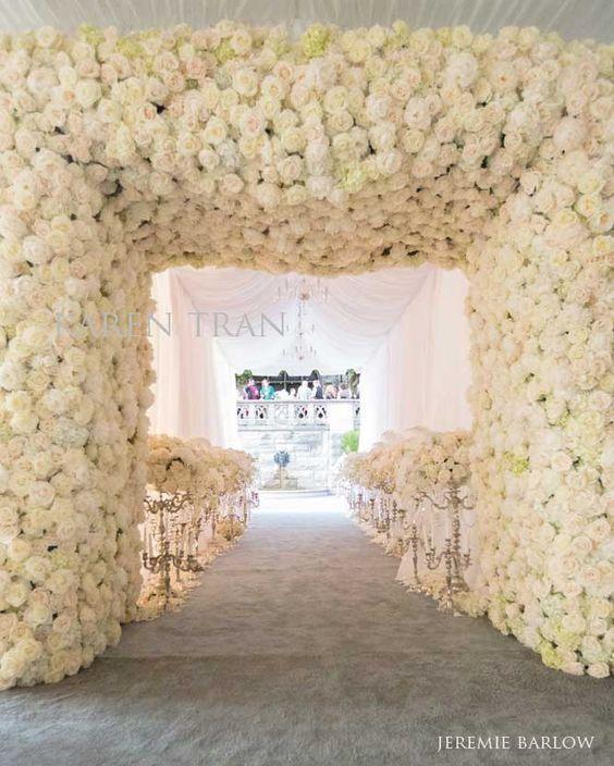 dekor pintu masuk mawar putih