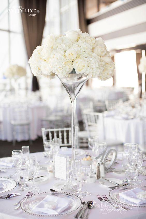 centerpiece mawar putih
