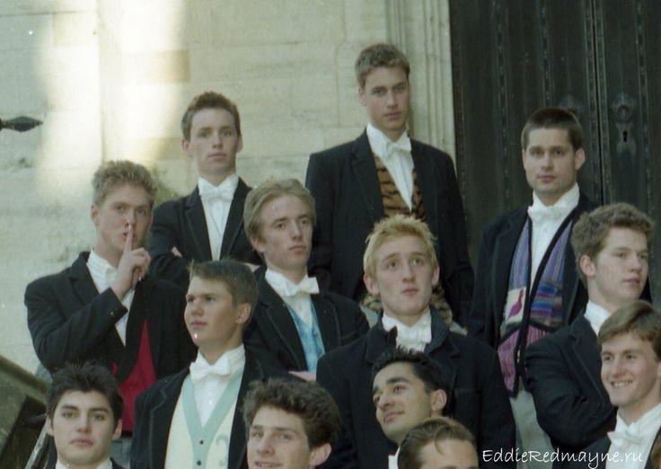 Satu sekolah dengan anggota kerajaan