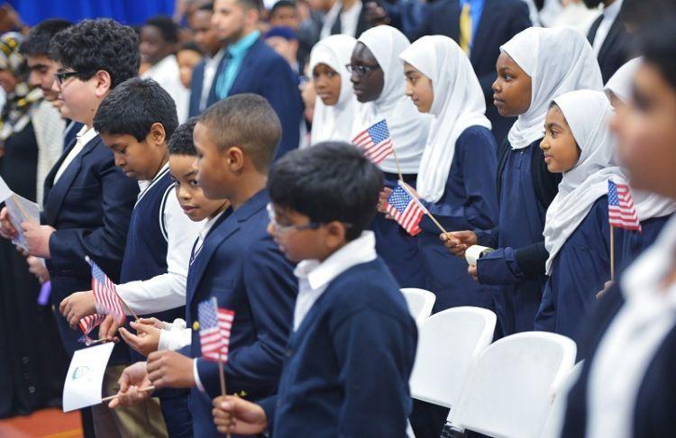 Muslim dari luar dilarang masuk, muslim AS mau di apain ya?
