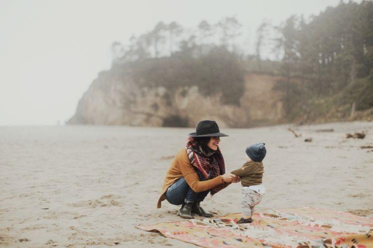 momong keponakan nggak usah pakai embel-embel belajar jadi orang tua juga