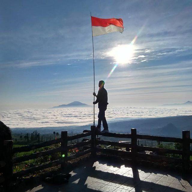 Samudera awan via @wisata_posong