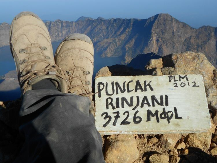 Banyak yang demi gengsi jadi sok-sokan mendaki Rinjani.