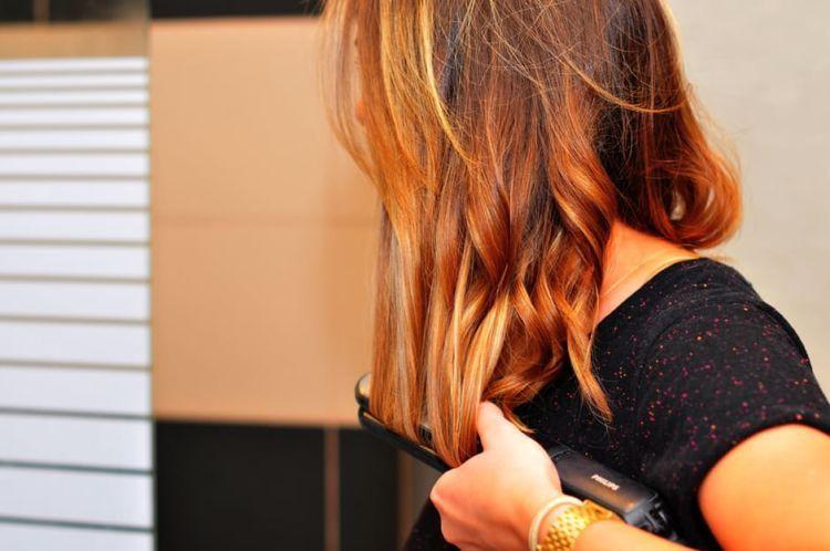 rambutmu dijaga