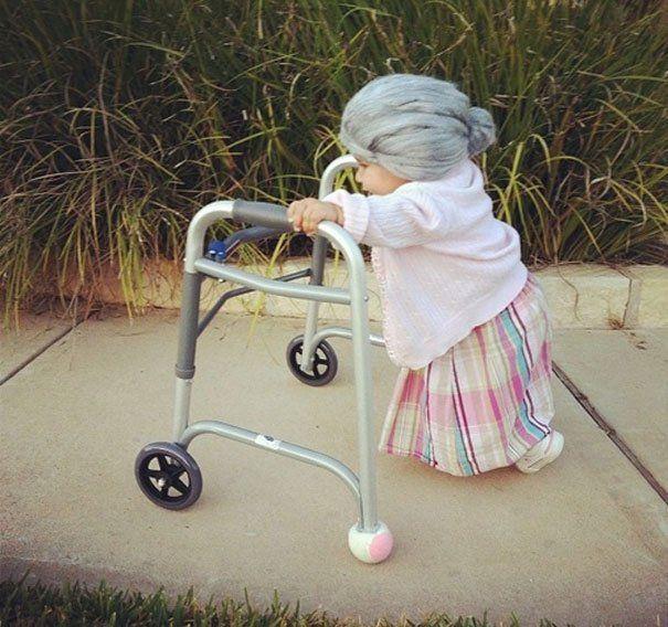 jadi nenek-nenek lucu