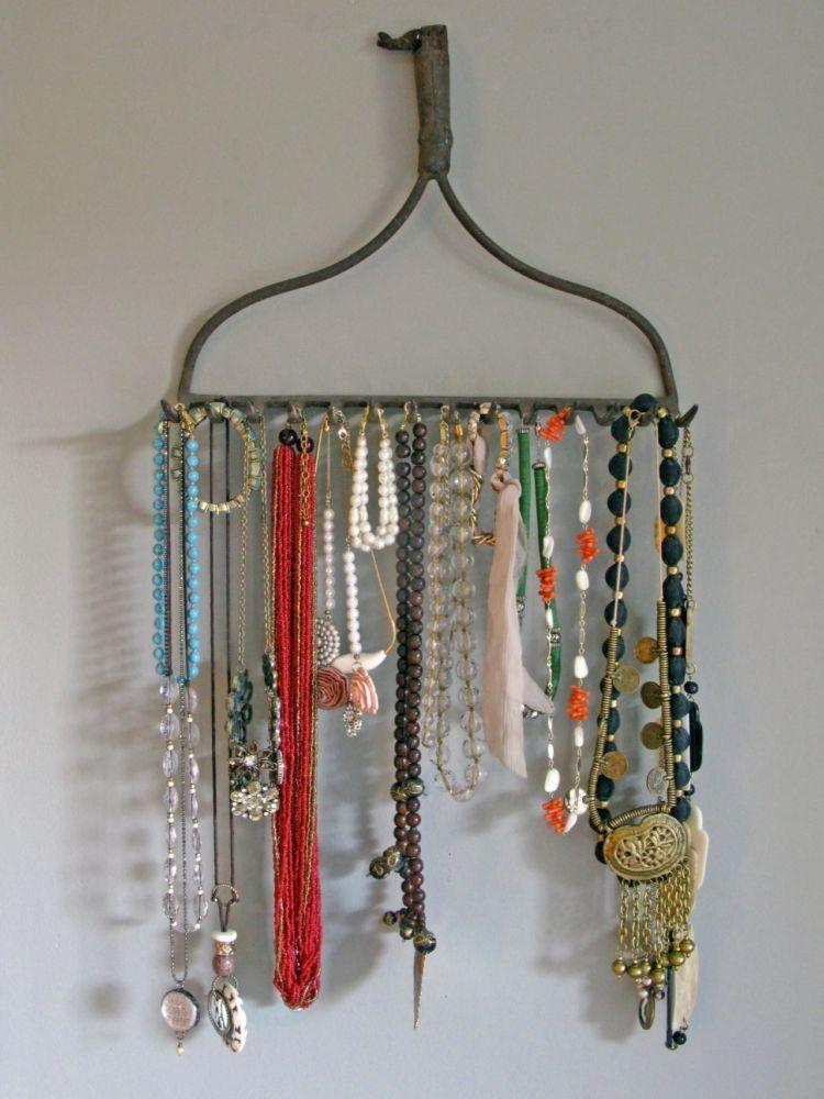 hanger aksesoris