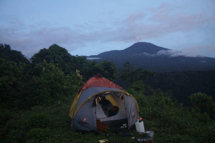 camping di bukit cinta, menunggu sunrise
