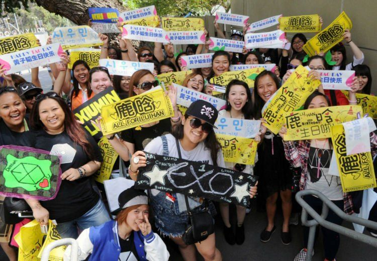 Fans China
