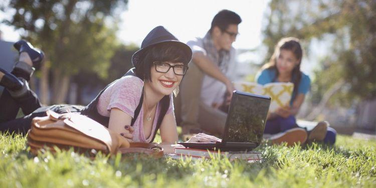 Banyak kesempatan untuk belajar hal yang kamu inginkan di luar kelas