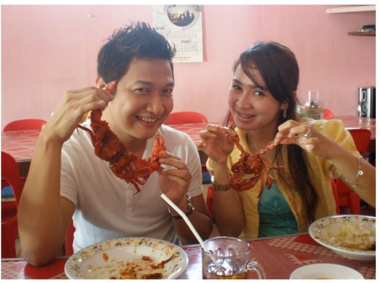 Makannya kepiting...