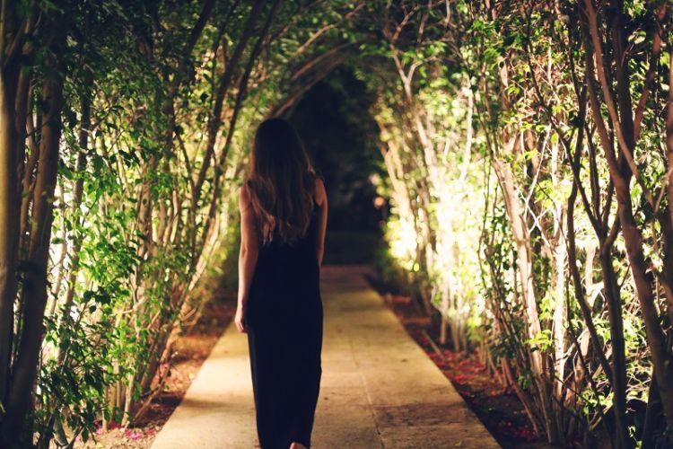 Dibalik kesedihan, memori tentangnya juga bisa jadi cahaya yang membimbing jalanmu