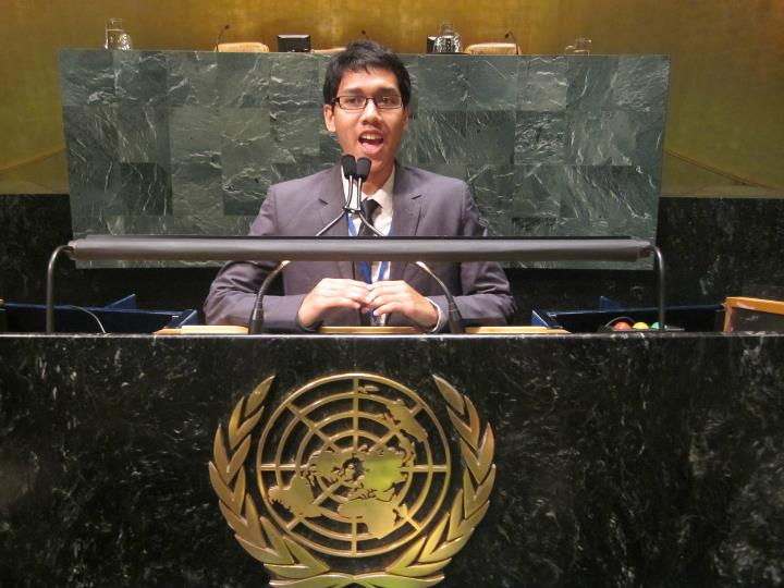Jadi pembicara termuda di majelis PBB.
