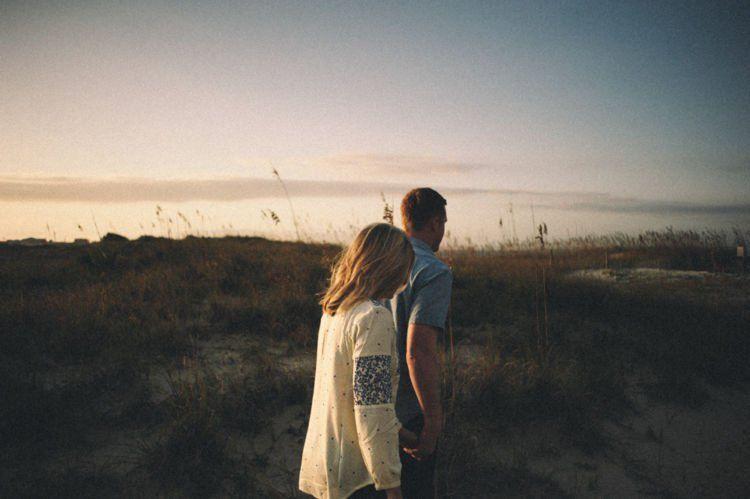 Hubungan kalian ini harus realistis