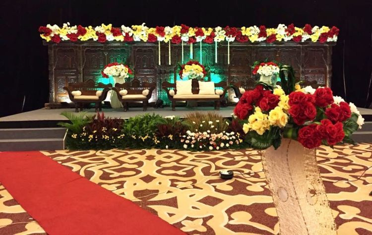 dekorasi nikahan