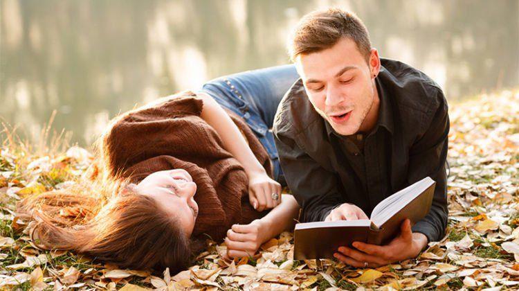 Tetiba jadi sok bijak dengan ngomongin buku segala