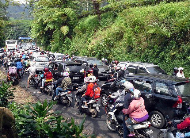 begini kemacetan yang terjadi menuju Lembang