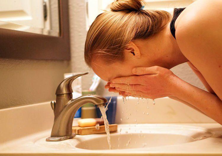 lebih rajin cuci muka menjelang mens