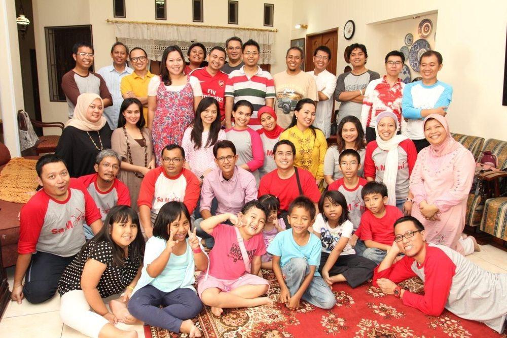 Berkumpul bersama keluarga saat hari raya