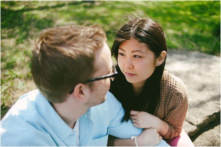 Saling mendengarkan ucapan pasangan