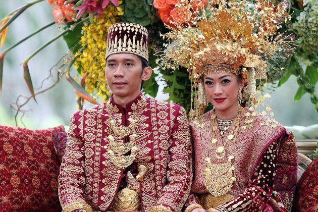 busana pernikahan adat palembang