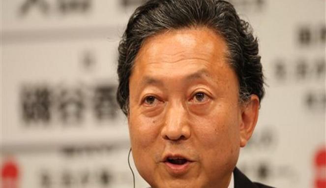 Hatoyama mundur karena tak bisa menepati janji kampanyenya