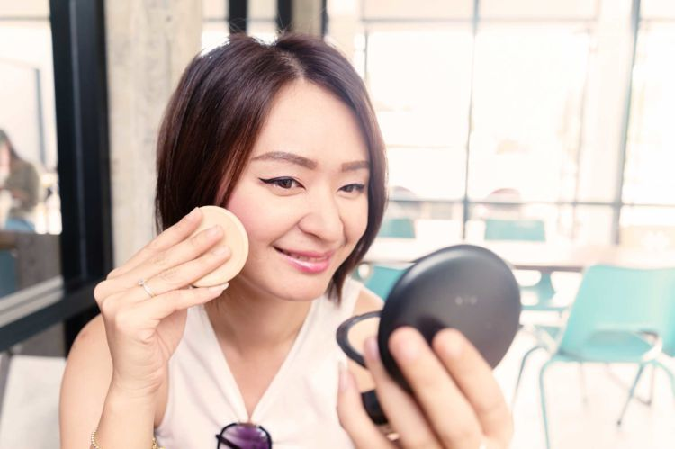 selalu touch-up