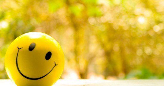 Senyumlah !
